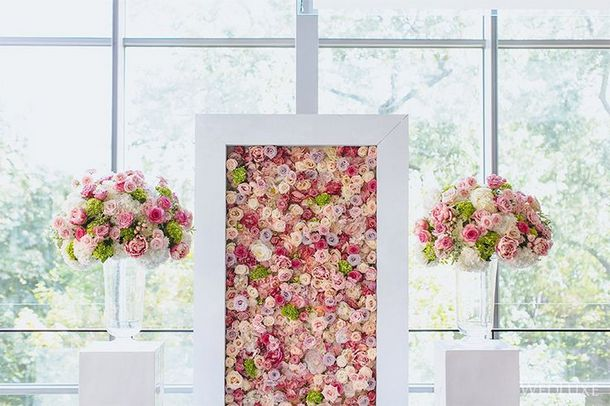 003-southboundbride-wedding-trend-flower-walls-backdrop