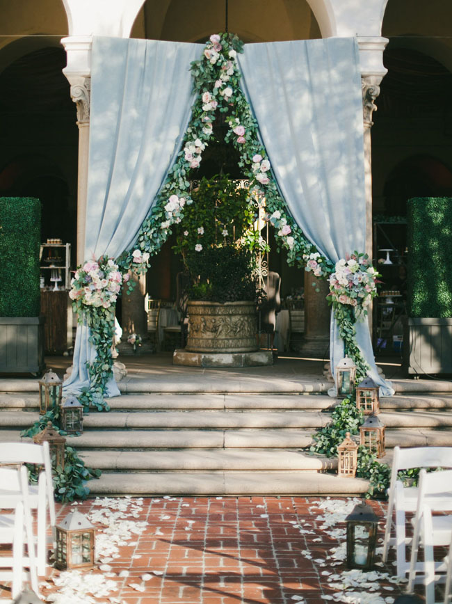 004-Romantic-Draped-Ceremony-Arches-on-SouthBoundBride