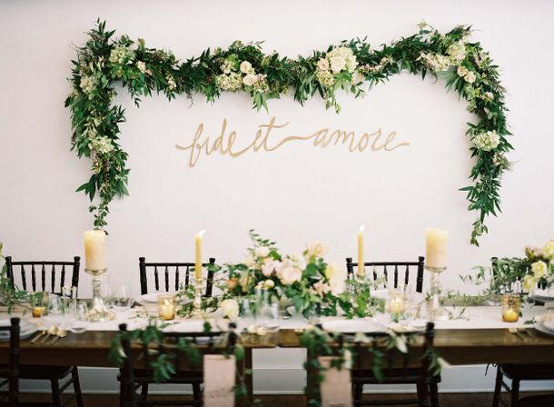 013-southboundbride-wedding-trend-flower-walls-backdrop