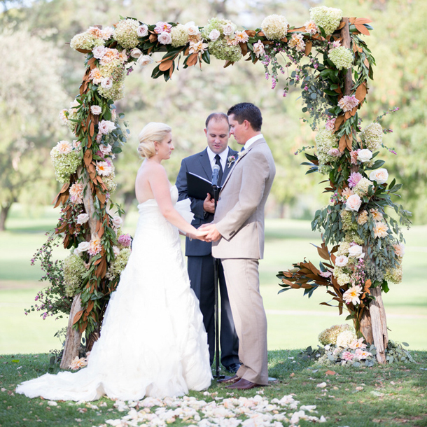 016-southboundbride-floral-wedding-ceremony-arches