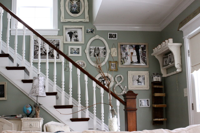 AD-Cool-Ideas-To-Display-Family-Photos-On-Your-Walls-10