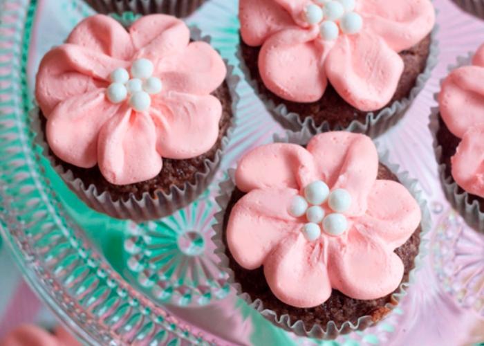 Easy-Flower-Cupcakes