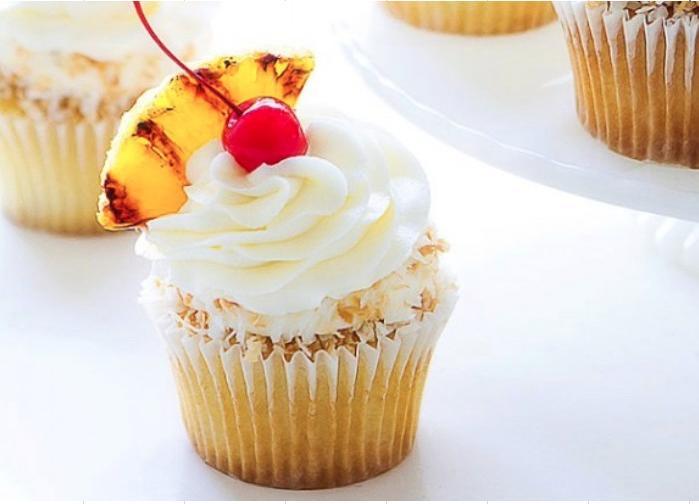 Pina-Colada-Cupcakes_2