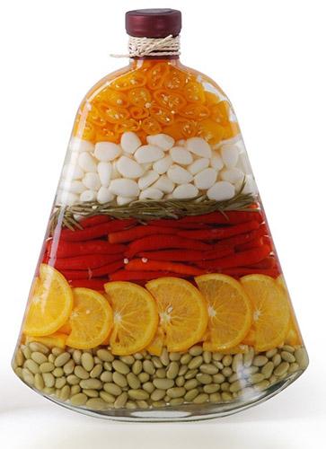 Декоративные-бутылки-с-овощами-и-фруктами2