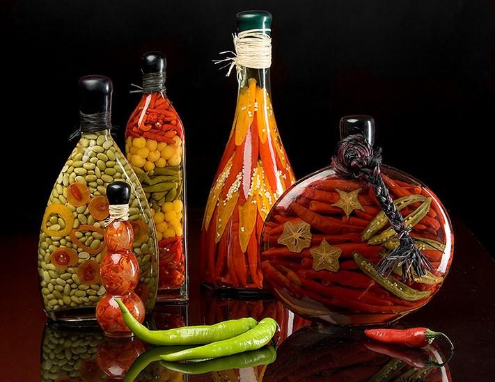 dekorativnye-butylki-s-ovoshchami