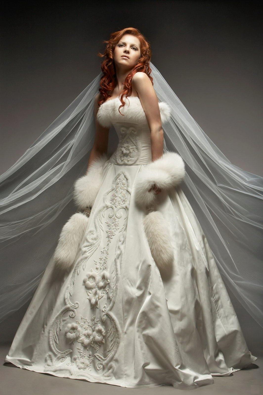 svadebnoe-plate-v-russkom-narodnom-stile-34