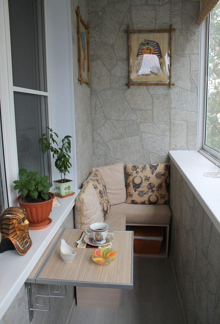 Отделка балконов в панельных домах фото.