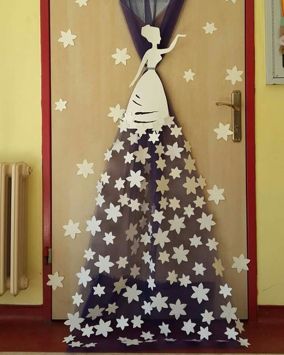 Новорічні декорації для садочку та школи